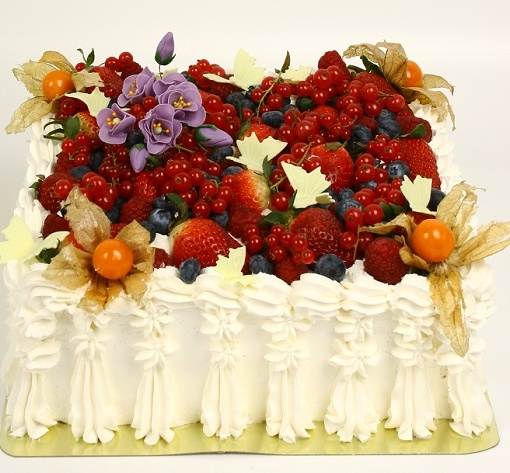 prazdnichnie-torti-10