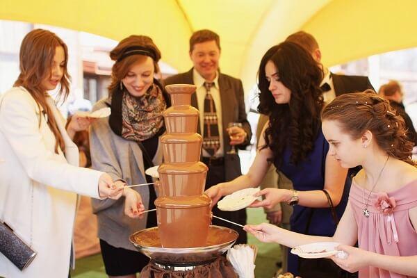 Шоколадный фонтан для любого праздника