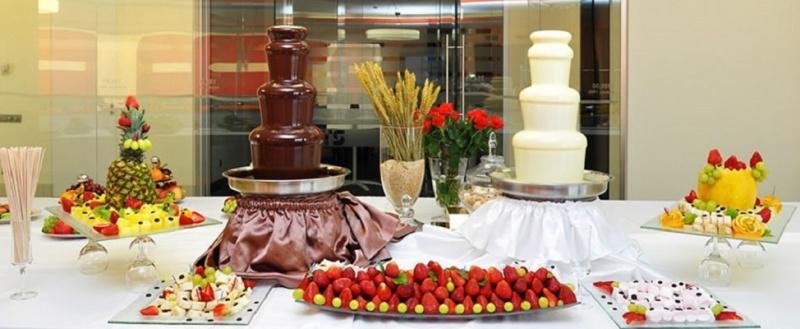 шоколадный стол